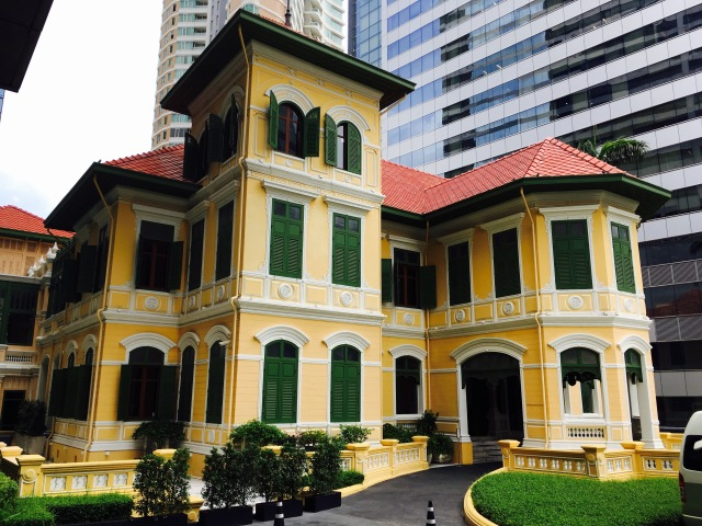 The House at Sathorn, the old Russian embassy, in the shadow of the modern W Hotel building